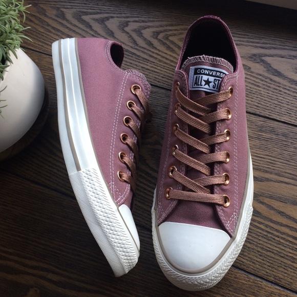 Decimal Fotoeléctrico Especializarse  Converse Shoes   Converse Custom Chuck Taylor All Star Shoes Smile    Poshmark